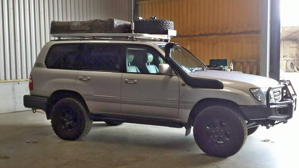 Landcruiser 100 Series Overland Conversion Project Pb